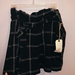 Leith Paperbag Plaid Shorts